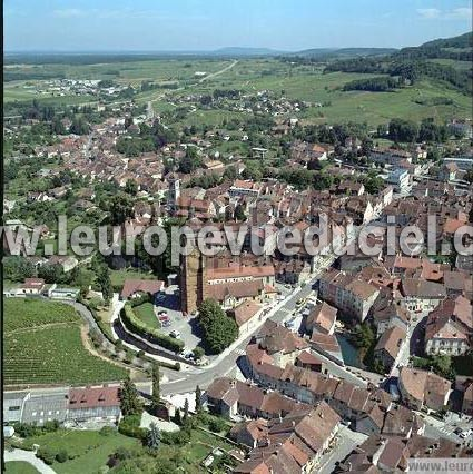 l 39 europe vue du ciel photos a riennes de arbois 39600 jura franche comt france. Black Bedroom Furniture Sets. Home Design Ideas