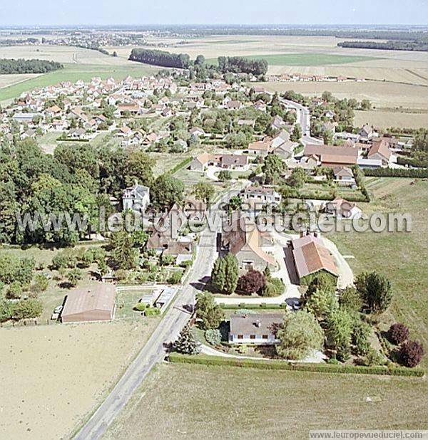 L 39 europe vue du ciel photos a riennes de noiron sous for Noiron sous gevrey