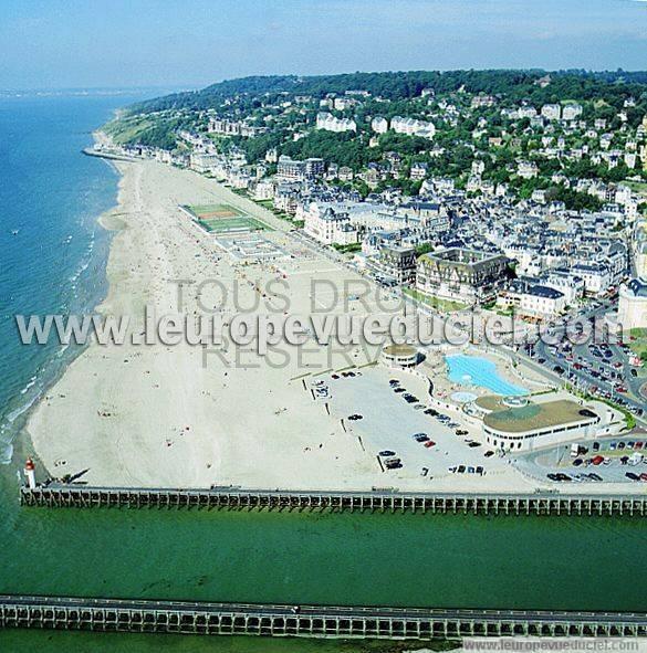 L 39 europe vue du ciel photos a riennes de trouville sur - Office du tourisme trouville sur mer ...