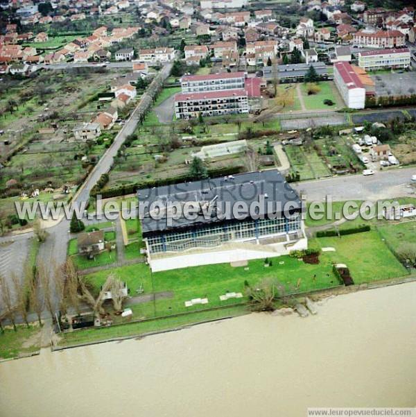 Photos a riennes de pont mousson 54700 la piscine for Piscine pont a mousson horaires
