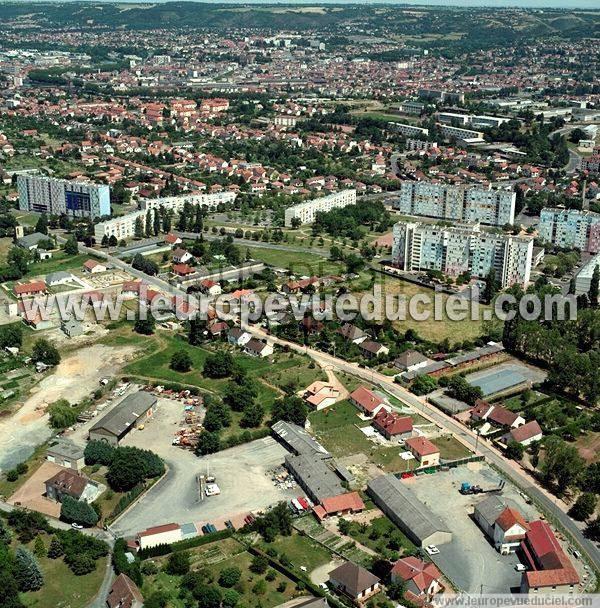 Photos a riennes de montlu on 03100 le quartier de for Jardin wilson montlucon