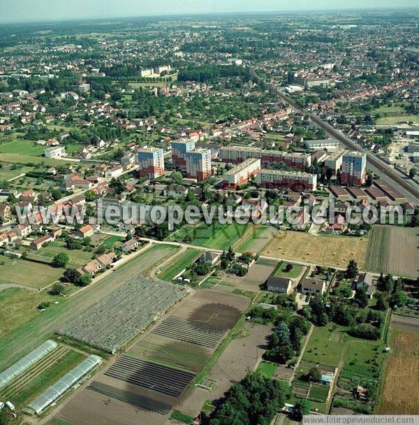 Photos a riennes de moulins 03000 le quartier des for Piscine 03000 moulins