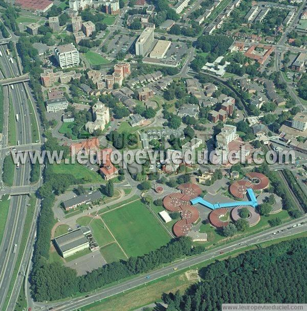 Photos a riennes de villeneuve d 39 ascq 59491 le quartier de la r sidence nord nord pas de for Comhoraire la poste villeneuve d ascq