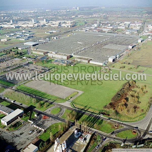 Photos a riennes de metz 57000 l 39 usine psa peugeot for Garage citroen metz borny