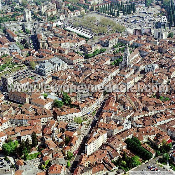 photos a riennes de bourg en bresse 01000 ain rh ne alpes france l 39 europe vue du ciel. Black Bedroom Furniture Sets. Home Design Ideas