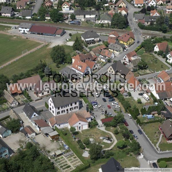 L 39 europe vue du ciel photos a riennes de auenheim 67480 for Auenheim piscine