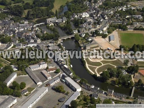 L 39 europe vue du ciel photos a riennes de malestroit for Piscine malestroit