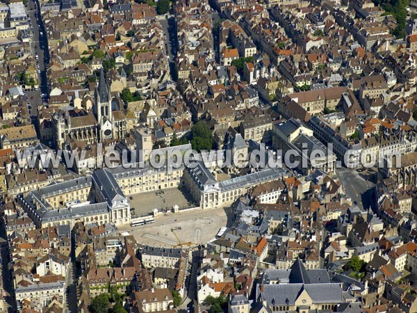 Photo aérienne de Côte-d'Or (Dijon)