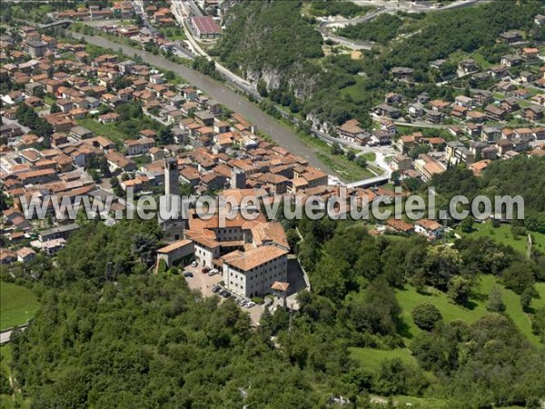 Photo aérienne de Cividate Camuno