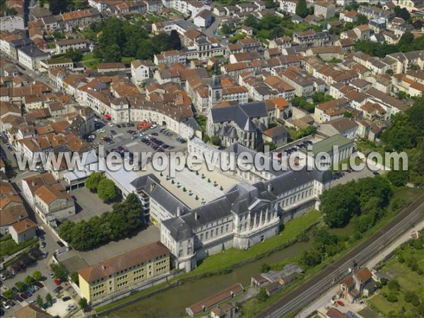 L 39 europe vue du ciel photos a riennes de commercy 55200 for Piscine commercy
