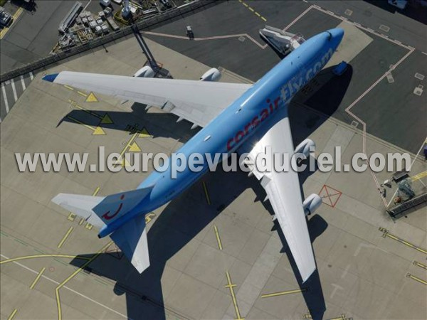 Photos a riennes de corsair l 39 europe vue du ciel for Plan de cabine boeing 747 400 corsair
