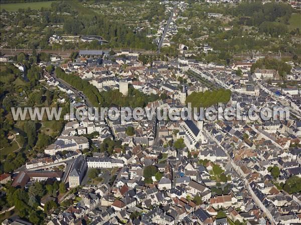 L 39 europe vue du ciel photos a riennes de issoudun 36100 for Piscine issoudun