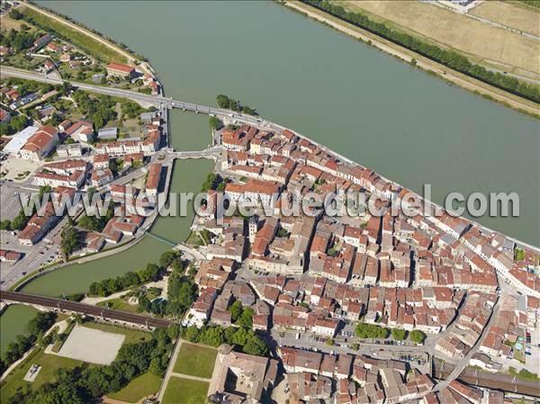 L 39 europe vue du ciel photos a riennes de saint vallier for Piscine de saint vallier